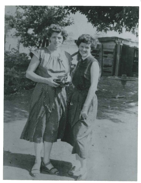 Mom Grandma dresses 4